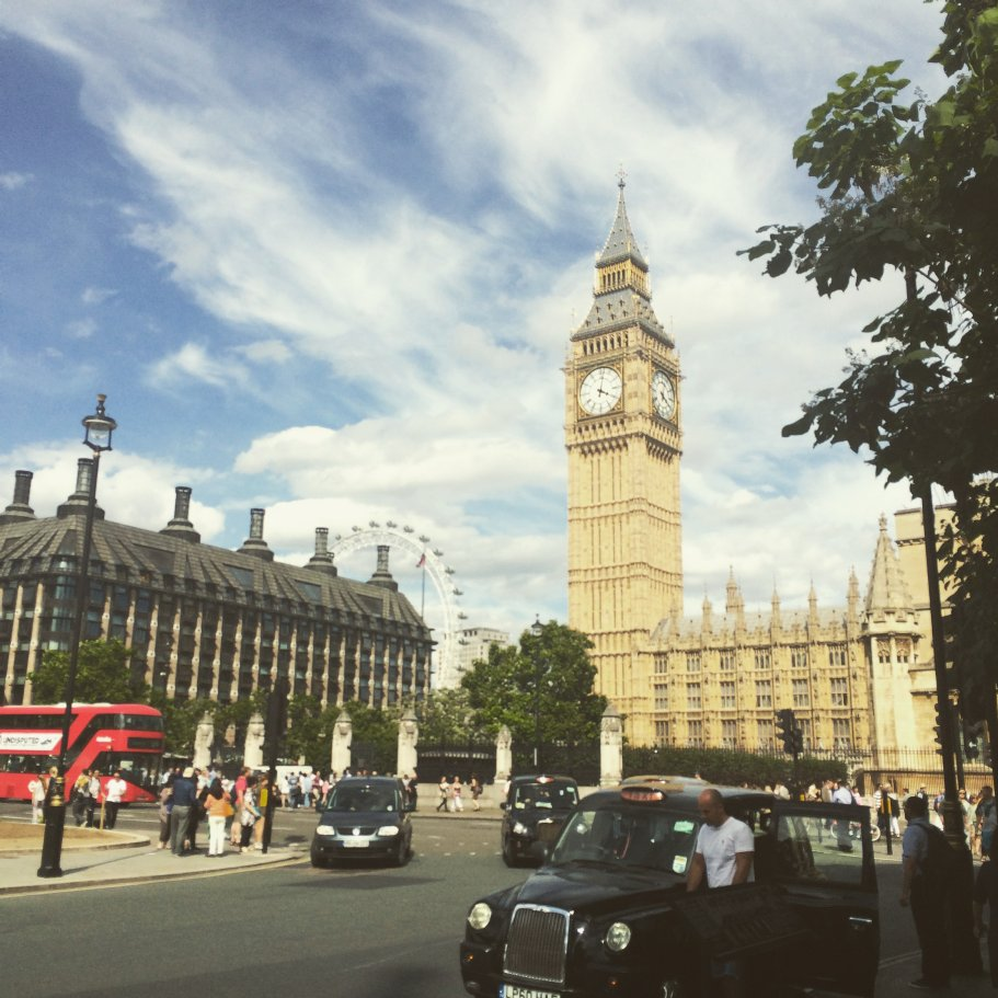 London :: Chelle Costello